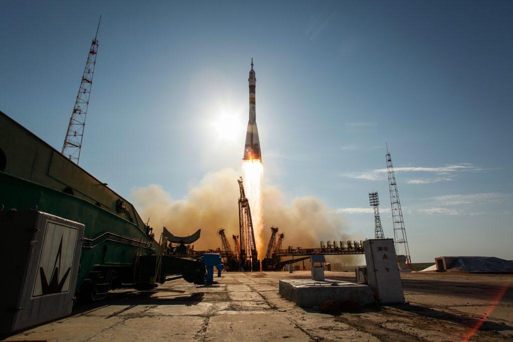Космическая миссия ко Дню космонавтики